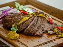 Carne Grelhada ao Molho de Mostarda