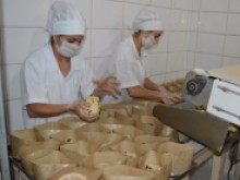 Empresas de SC aceleram produção para o Natal e projetam aumento nas vendas
