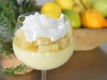 Sobremesa de Abacaxi comCreme Belga e Merengue